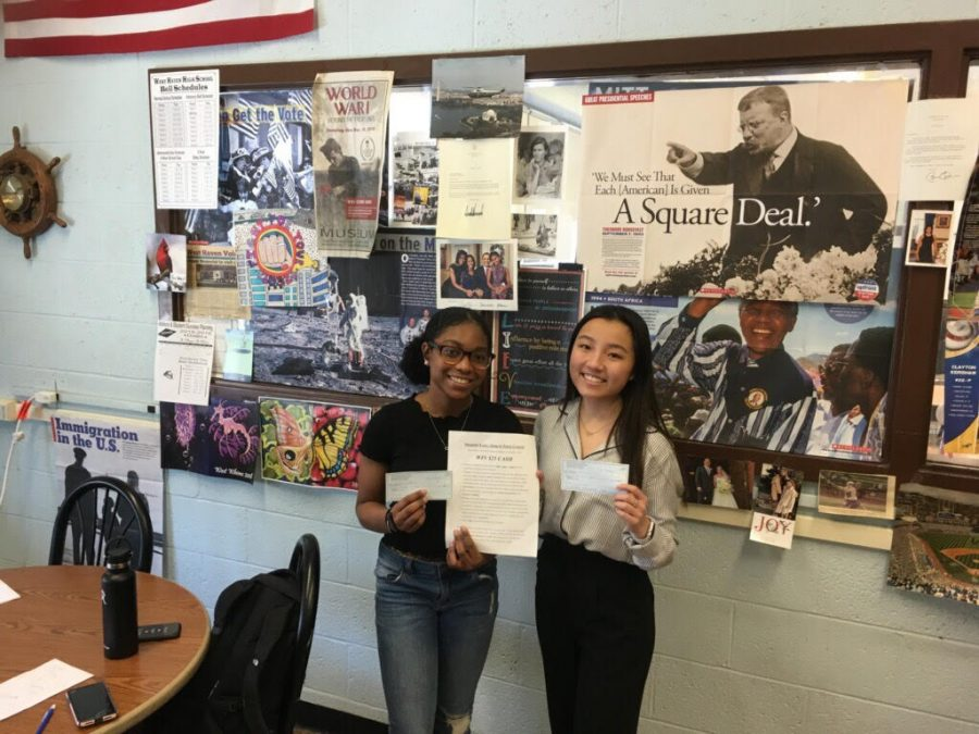 Juniors Win AIC Integrity Writing Contest