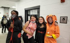 Check Out Our School's Halloween Looks🎃