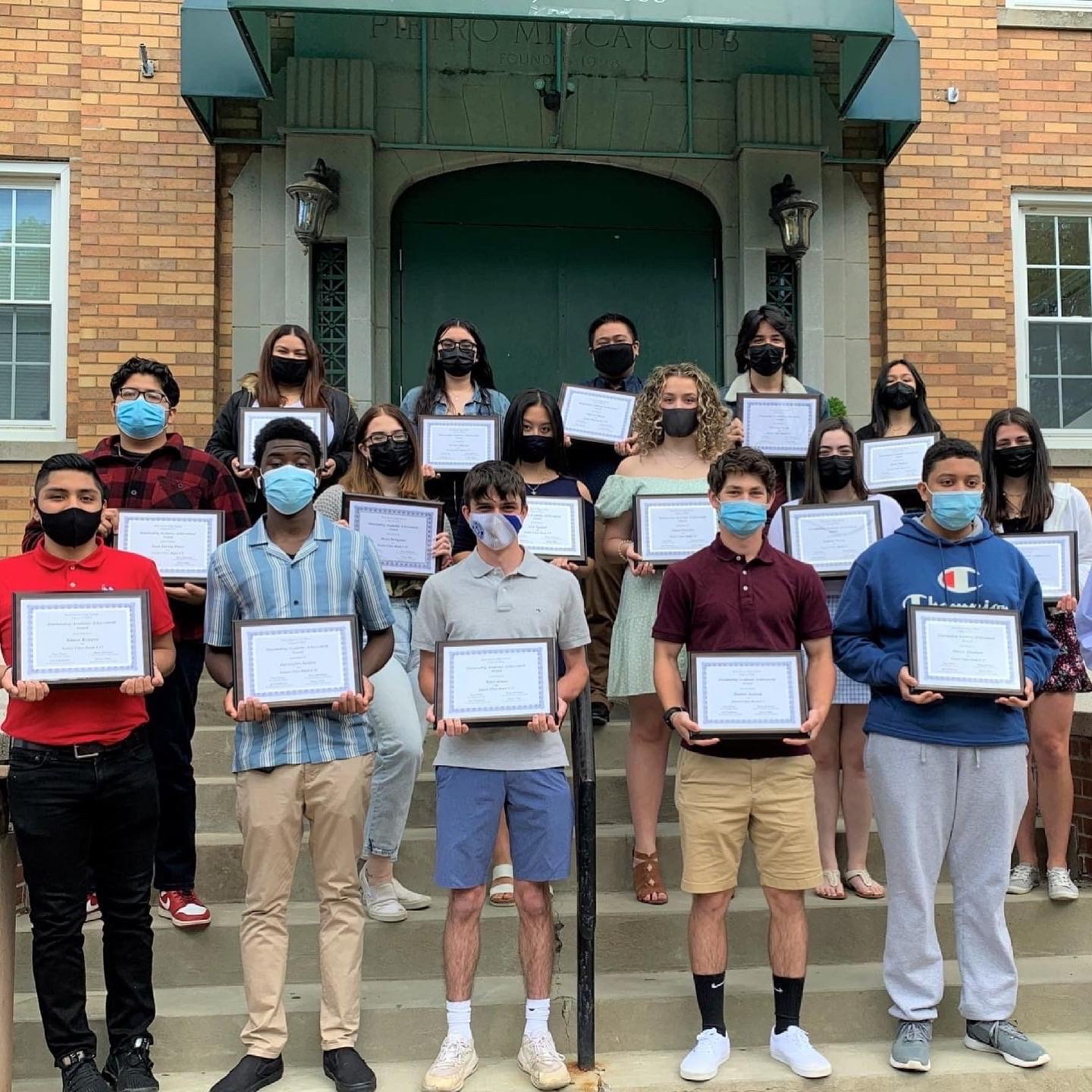 Class+of+2021%27s+Top+Grads+Honored+At+Lunch